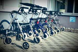 Rollatorenparade - Die Rente läuft aus dem Ruder