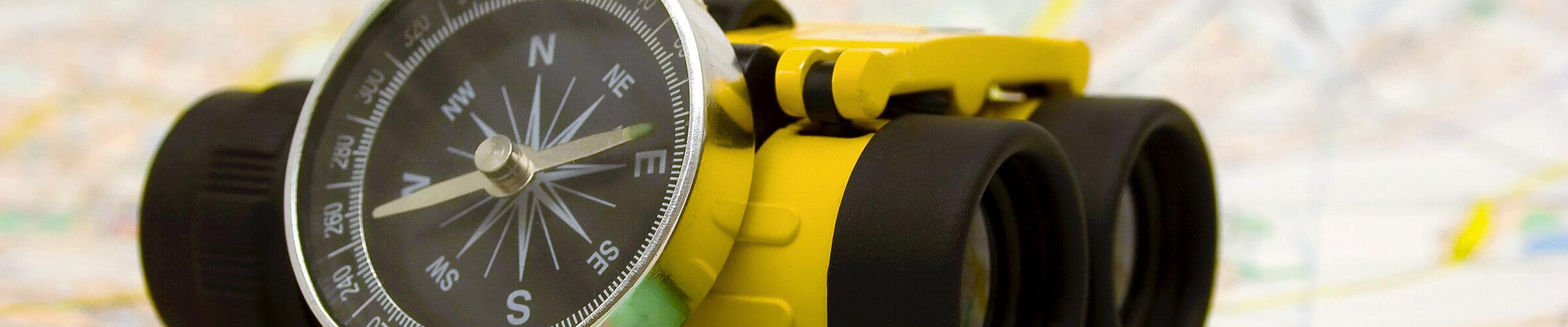 Fernglas---Kompass---Karte---Supervision---Holger-Hagenlocher---Berater,-Coach,-Dozent---small